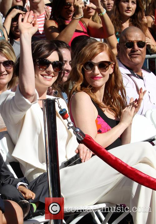 Anne Hathaway and Jessica Chastain 4