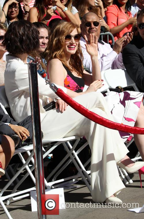 Anne Hathaway and Jessica Chastain 5