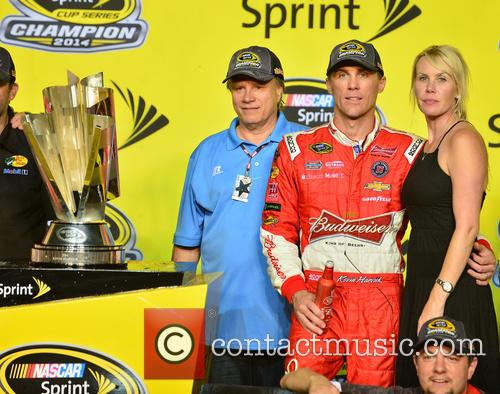Team Owner Tony Stewart, Kevin Harvick, Driver Of The #4 Budweiser Chevrolet and Delana Harvick 4