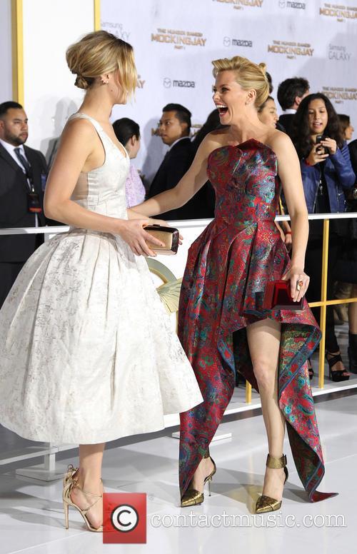 Jennifer Lawrence and Elizabeth Banks 2