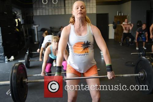 Pregnant Blake Lindsley gym workout