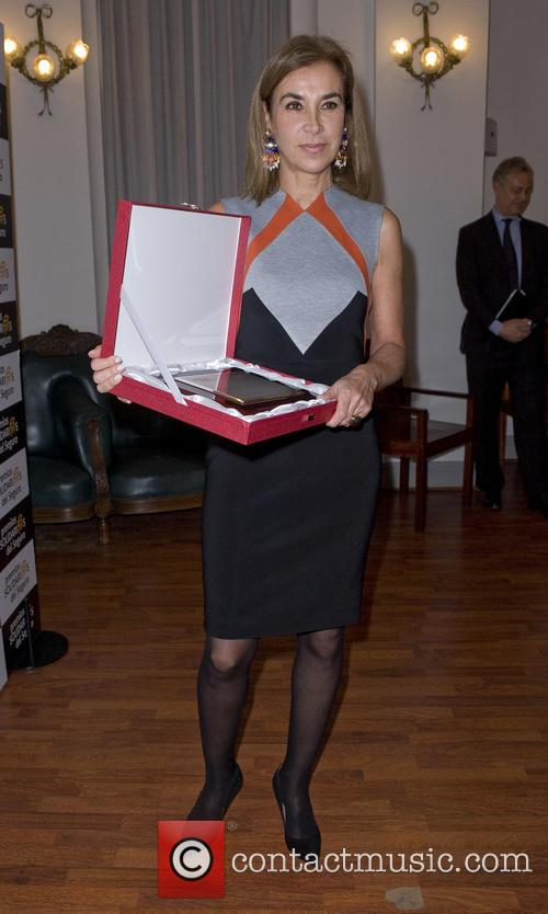 Author Carmen Posadas receives the honorary award for...