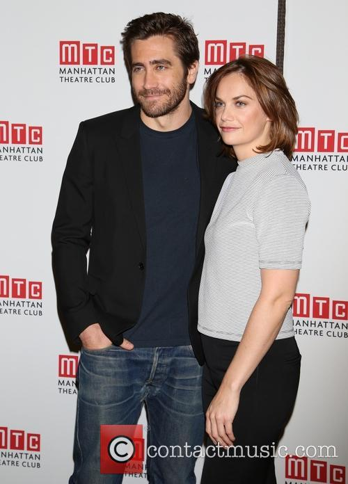 Jake Gyllenhaal and Ruth Wilson 3
