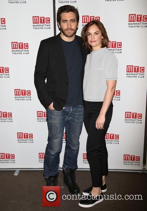 Jake Gyllenhaal and Ruth Wilson 5