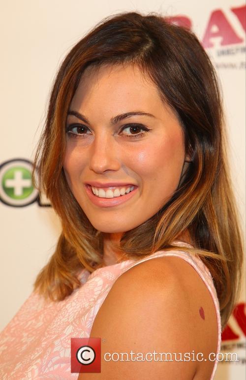 Amanda Groth 2