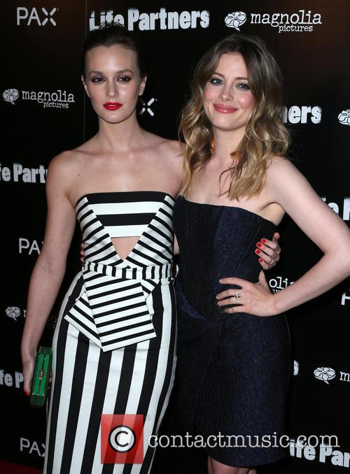 Leighton Meester and Gillian Jacobs 2
