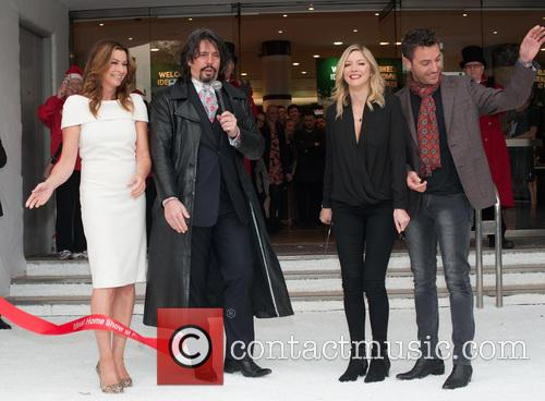 Laurence Llewelyn-bowen, Lisa Faulkner, Gino D'acampo and Suzi Perry 3