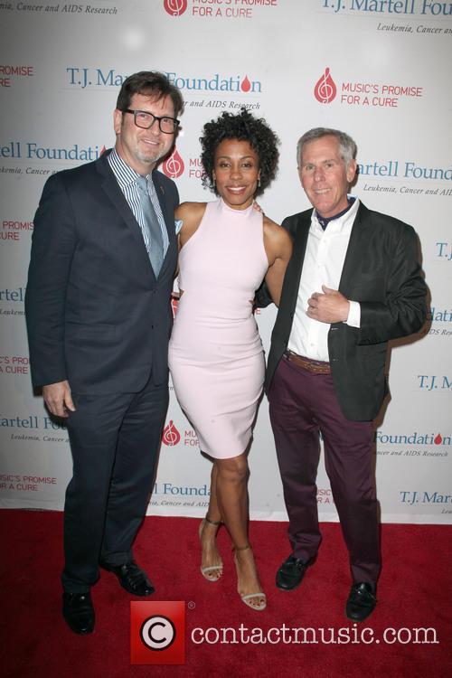 (l-r) Marc Reiter, Actress Karen Pittman and Bruce Gearhart 1
