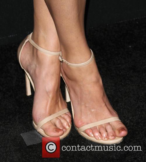 Amanda Righetti 5