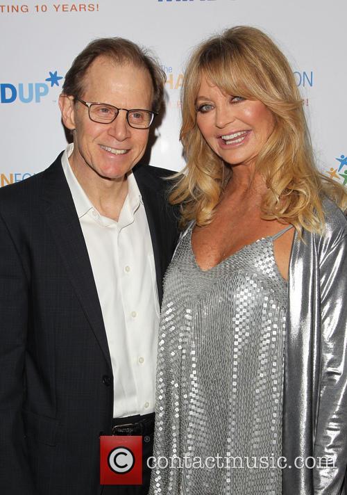 Daniel J. Siegel and Goldie Hawn 8