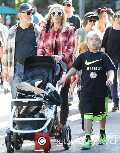 Gwen Stefani and Kingston Rossdale 9
