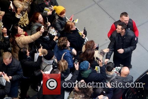 Fans, Hugh Jackman and Bodyguard 5