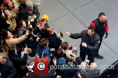 Fans, Hugh Jackman and Bodyguard 6