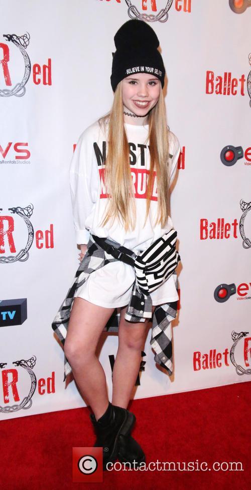 Lexee Smith 2