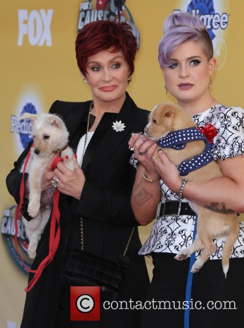 Sharon Osbourne and Kelly Osbourne 11