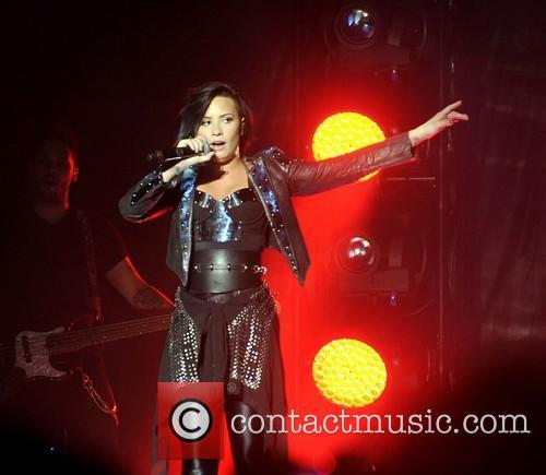 Demi Lavato perofrms live in concert