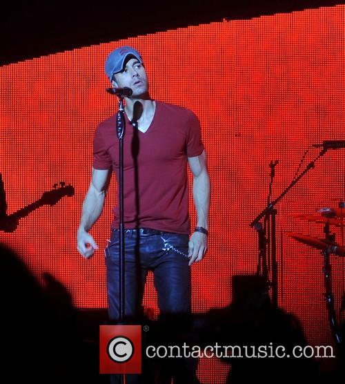 Enrique Iglesias in concert