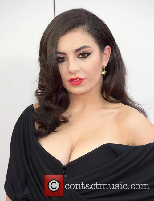 Charli Xcx 7