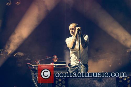Linkin Park and Chester Bennington 7