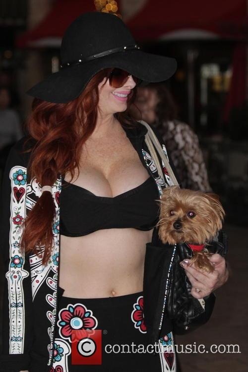 Phoebe Price shopping at The Grove