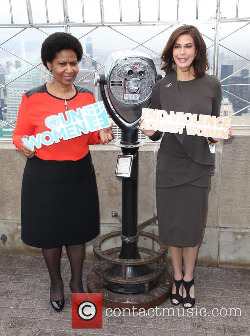 Phumzile-ngcuka and Teri Hatcher 7