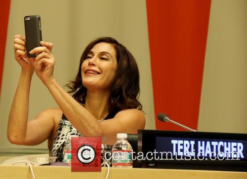 Teri Hatcher 3