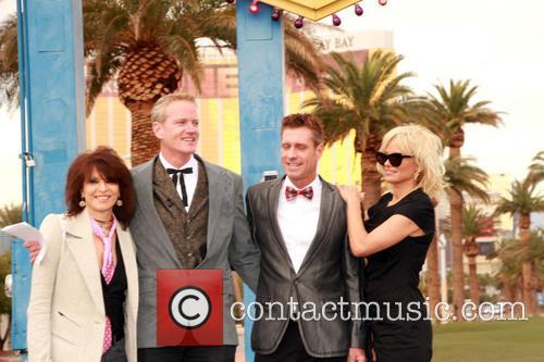 Chrissie Hynde, Dan Matthews, Jack Ryan and Pamela Anderson 3