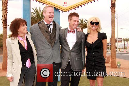 Chrissie Hynde, Dan Matthews, Jack Ryan and Pamela Anderson 8