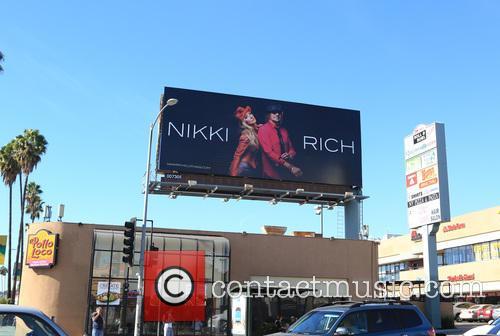 Nikki Rich, Nikki Lund and Richie Sambora 4