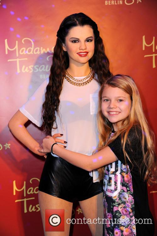 Selena Gomez and Faye Montana 11