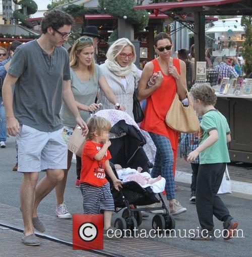 Minnie Driver, Son Henry, Mother Gaynor Churchyard and Sister Kate 5