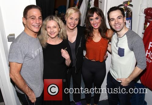 Tony Danza, Carol Kane, Nancy Opel, Brynn O'malley and Rob Mcclure 4