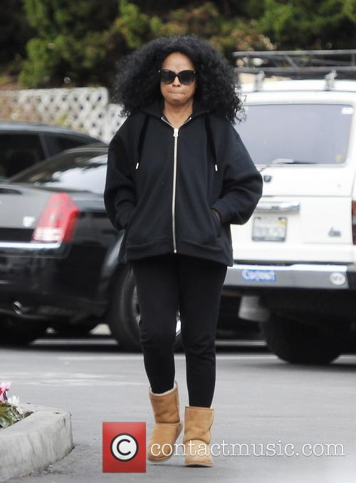 A camera-shy Diana Ross leaving Bristol Farms