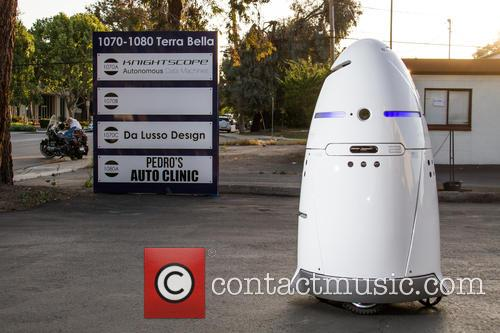 Mobile Robotic Crime-Solving Security Guard