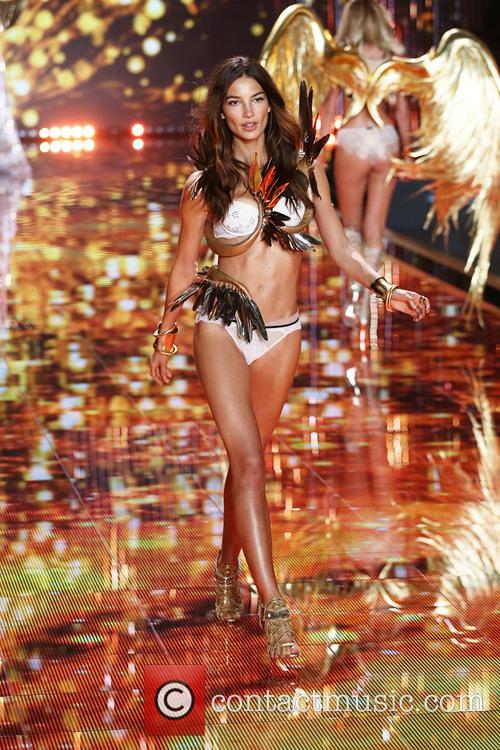 Victoria's Secret Fashion Show Music 2014 lily aldridge victorias secret