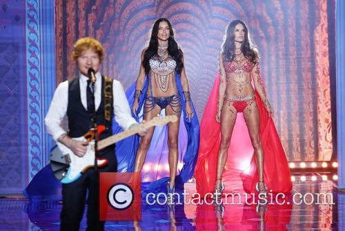 Adriana Lima, Alessandra Ambrosio and Ed Sheeran 10