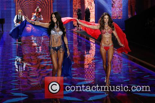 Adriana Lima and Alessandra Ambrosio 2
