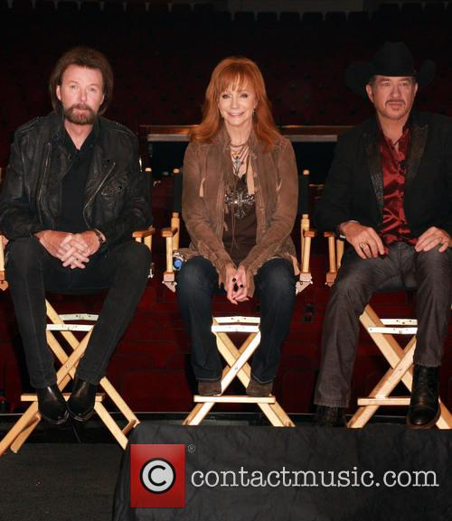 Ronnie Dunn, Reba Mcentire and Kix Brooks 3