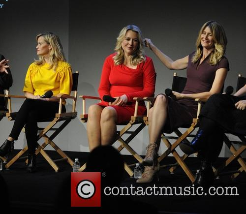 Reese Witherspoon, Laura Dern, Cheryl Strayed and Bruna Papandrea 6