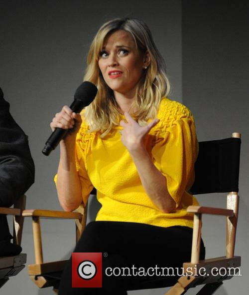 Reese Witherspoon, Laura Dern, Cheryl Strayed and Bruna Papandrea 9