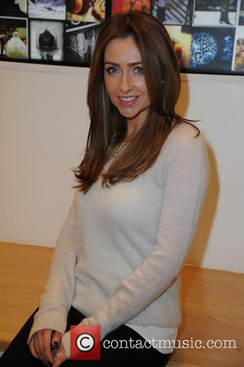 Gemma Merna 8
