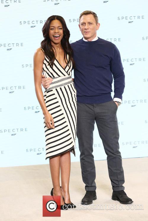 Naomie Harris and Daniel Craig 3