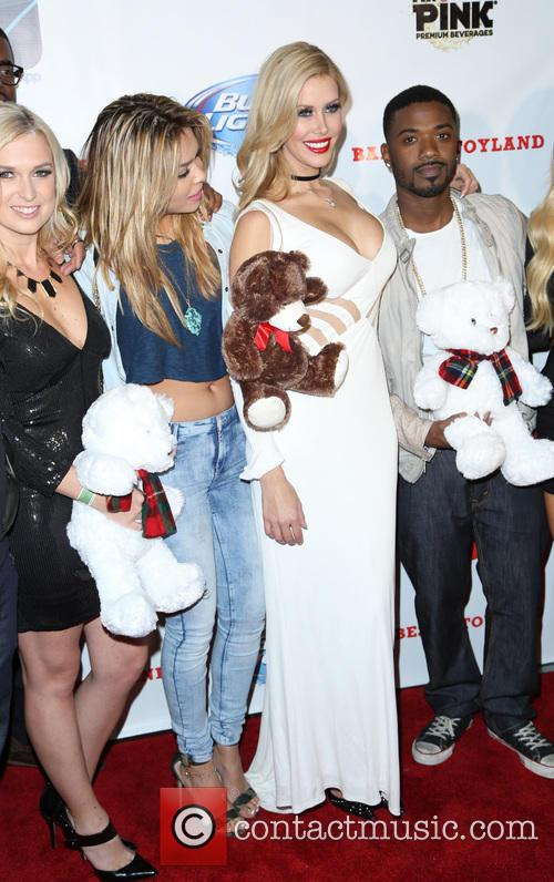 Ray J and Kennedy Summers 5