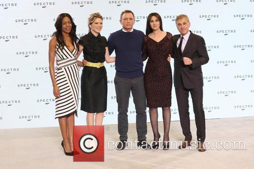 Naomie Harris, Daniel Craig, Lea Seydoux, Monica Bellucci and Christopher Waltz 5