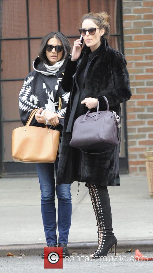 Nicole Trunfio and Jessica Gomes 7