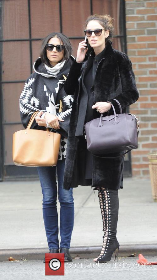 Nicole Trunfio and Jessica Gomes 11