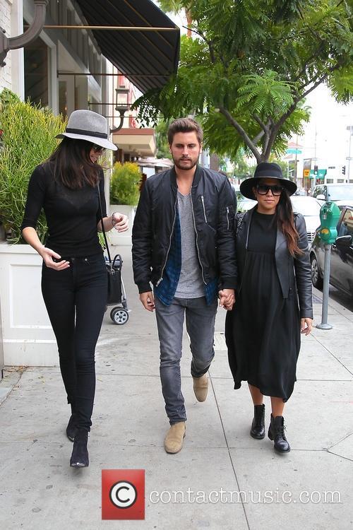 Kourtney Kardashian, Scott Disick and Kylie Jenner 5