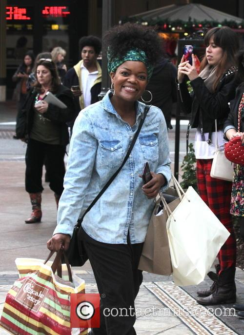 Yvette Nicole Brown goes shopping at The Grove