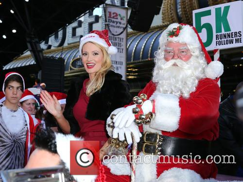 Santa and Holly Madison 9