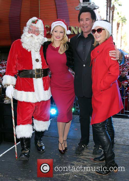 Santa, Holly Madison, Wayne Newton and Olivia Newton John 4
